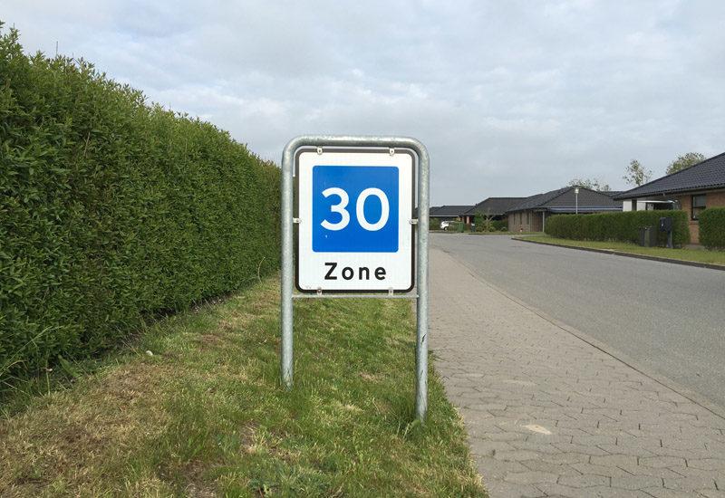 Skilt med 30 km zone